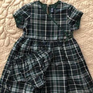 Darling Gap Holiday Dress